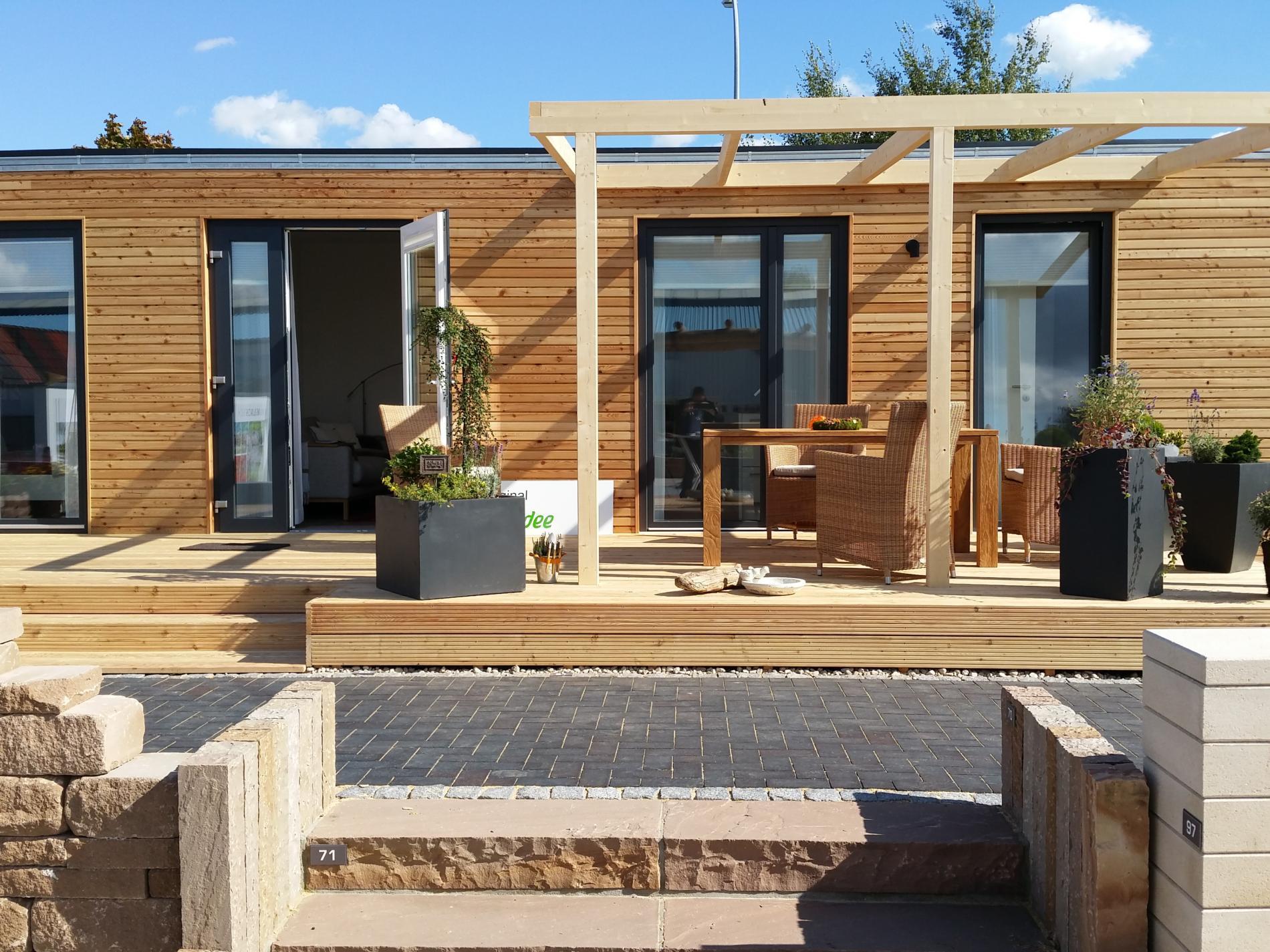 modulhaus hersteller reba immobilien ag bietet mobile modulh user aktuelles reba immobilien. Black Bedroom Furniture Sets. Home Design Ideas