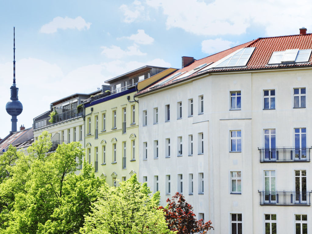 Off Market Immobilien Deal: REBA IMMOBILIEN AG vermittelt MFH mit 17 WE in Berlin Spandau